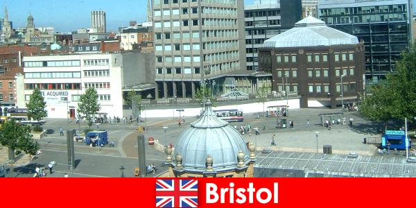 英国布里斯托尔市的景点,适合旅行者