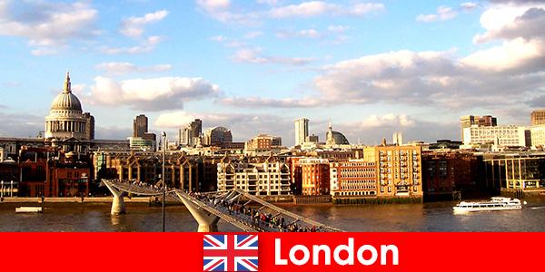 英国伦敦市游客休闲活动