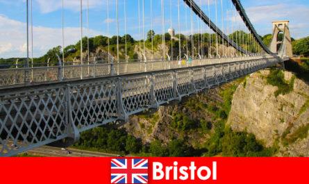 布里斯托尔的户外活动,包括旅游或短途旅行
