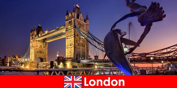 伦敦是一座以传统闻名的现代昂贵首都