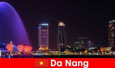 大港是一座为新来者越南的雄伟城市