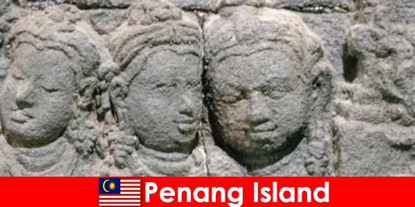 槟城岛有许多景点和巨大的亮点在一个