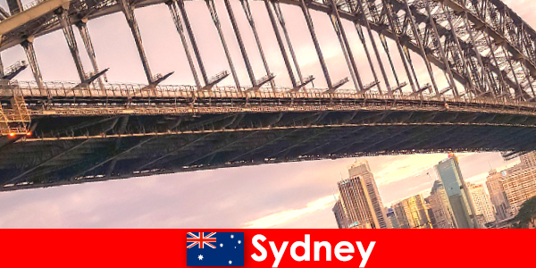 悉尼及其桥梁是澳大利亚游客非常受欢迎的目的地