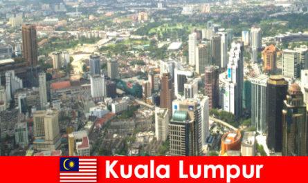吉隆坡在马来西亚亚洲的恋人一次又一次地来到这里