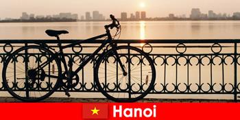 河内在越南发现之旅与水之旅的体育游客