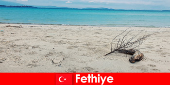 土耳其里维埃拉费蒂耶压力游客的休闲之旅