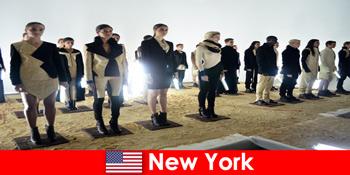陌生人到美国纽约著名剧院区的文化之旅