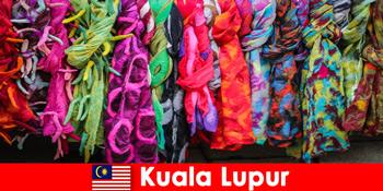 马来西亚吉隆坡的文化游客体验到卓越的工艺