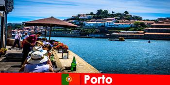 前往葡萄牙波尔图港口的很棒的鱼餐厅的短暂休息目的地