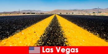 惊险冒险和体育活动体验游客在拉斯维加斯美国